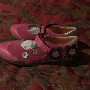 Naturino shoes size 12 girl